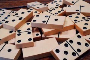 Jangan Asal Tebak Gaple, ini Bedanya dengan Domino QQ